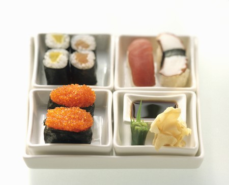 bento box: Assorted Sushi in a Bento Box LANG_EVOIMAGES