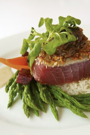 tunafish: Pan Seared Ahi Tuna with Sesame Seeds and Maui Onion