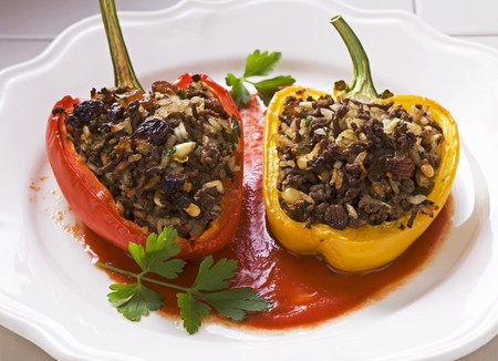 pine kernels: Stuffed peppers with lamb