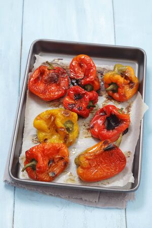 ovenbaked: Oven-roasted peppers LANG_EVOIMAGES