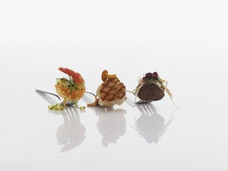 amuse: Various appetizers on forks
