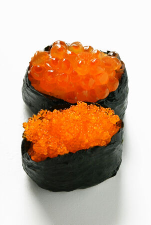 tobikko: Gunkan maki with two sorts of caviare LANG_EVOIMAGES