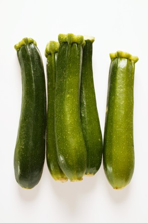 courgettes: Five courgettes