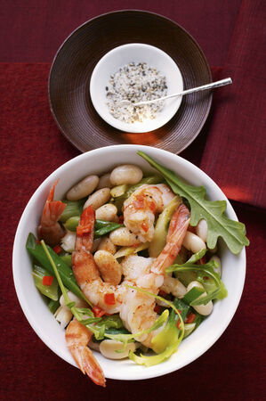 roquette: Bean stew with shrimps and rocket LANG_EVOIMAGES