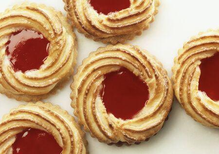 jam biscuits: Jam biscuits LANG_EVOIMAGES