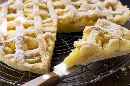 apple tart: Apple tart on cake rack