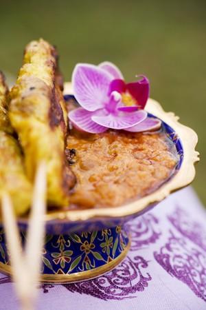 peanut sauce: Sat� with peanut sauce (Thailand)