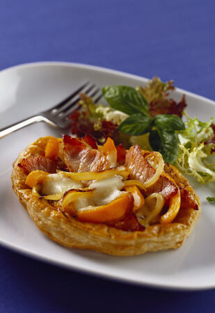 sweet course: Peppers, onions, ham and mozzarella in pastry case