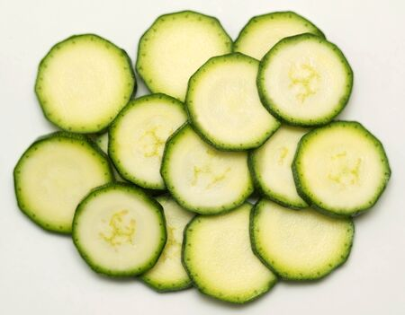 cocozelle: Several slices of courgette LANG_EVOIMAGES