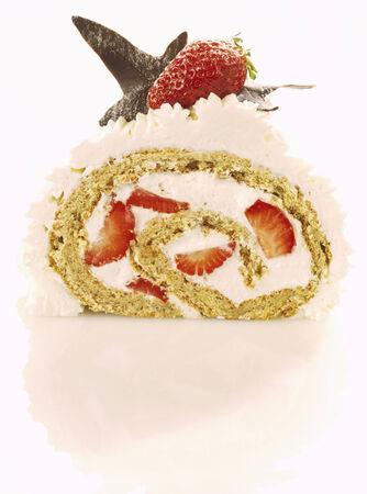 free me: Strawberry sponge roll