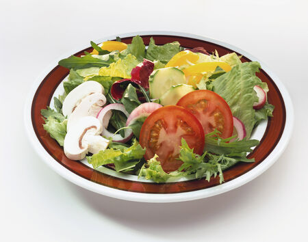 plato de ensalada: Plato de ensalada mixta