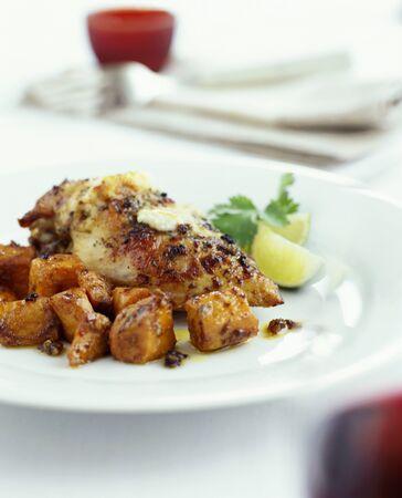pollo arrosto: Pollo arrosto con patate dolci