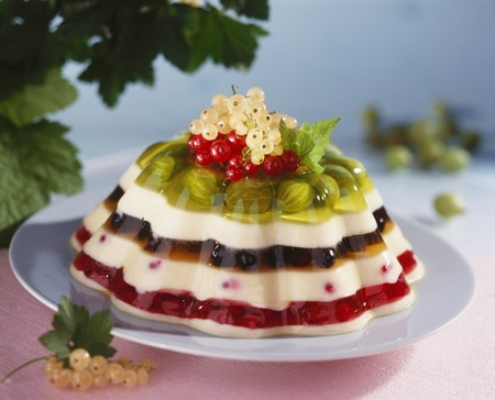 blancmange: Rainbow jelly (Layered vanilla blancmange and berry jelly)