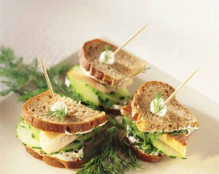 salmo trutta: Smoked trout and cucumber sandwiches