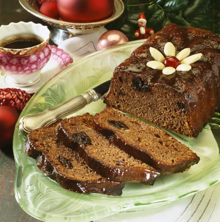 rum cake: Cioccolato Rum-impregnati e torta di prugne LANG_EVOIMAGES