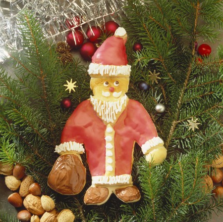 biscuit dough: Baked Father Christmas (biscuit dough with icing)