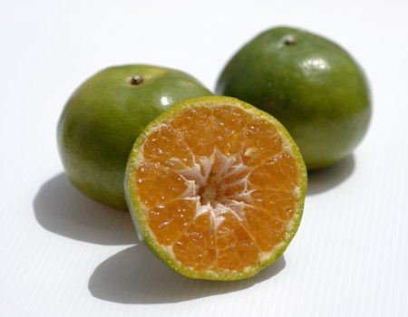 'main squeeze': Thai oranges (for juicing)