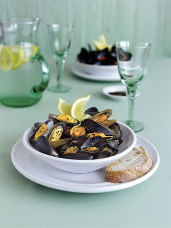 to pepe: Cozze al pepe (Mussels with pepper, Italy)
