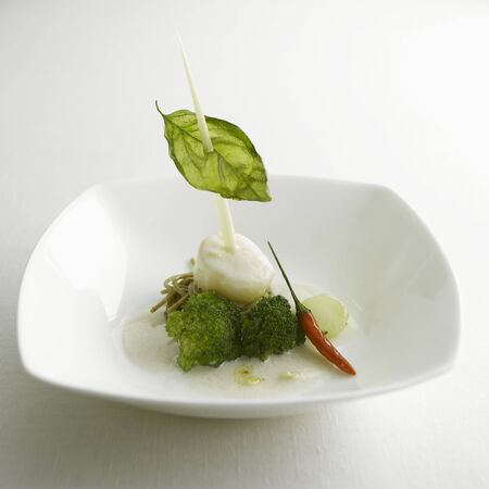 soba noodles: Thai scallop (with coconut cream on broccoli & soba noodles) LANG_EVOIMAGES