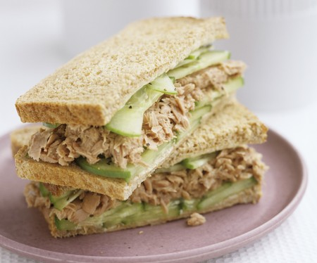 tunafish: Tuna and cucumber sandwiches in wholemeal bread LANG_EVOIMAGES
