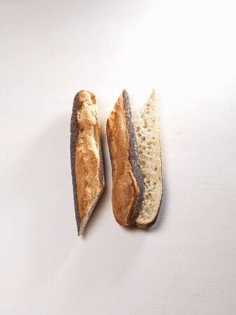several breads: Poppy seed ficelle, sliced LANG_EVOIMAGES