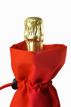 champers: A bottle of champagne in a cool bag LANG_EVOIMAGES