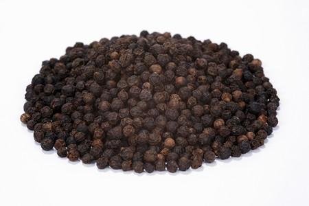 peppercorns: Black peppercorns LANG_EVOIMAGES
