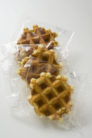 cellophane: Small waffles, packed in cellophane
