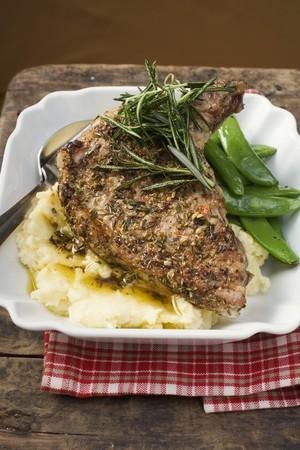 pork chop: Spicy pork chop on mashed potato LANG_EVOIMAGES