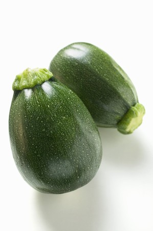 courgettes: Two round courgettes LANG_EVOIMAGES