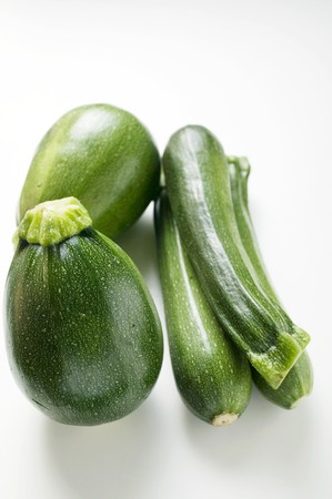 courgettes: Round and long courgettes LANG_EVOIMAGES