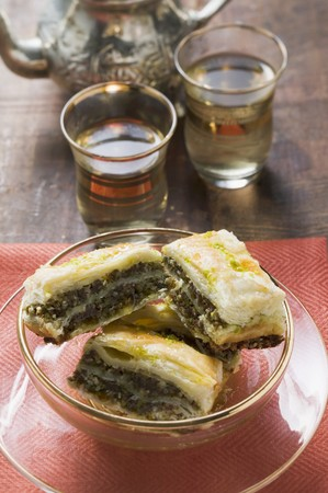 filo pastry: Baklava (Filo pastry with honey and pistachios, Turkey)