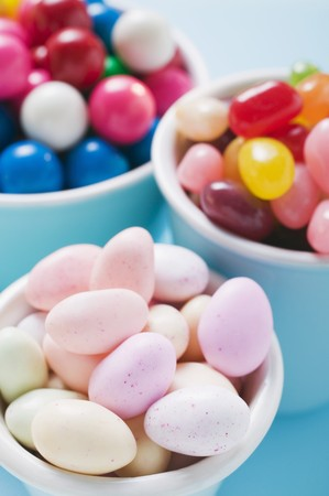 sugared almonds: Sugared almonds, jelly beans and bubble gum LANG_EVOIMAGES