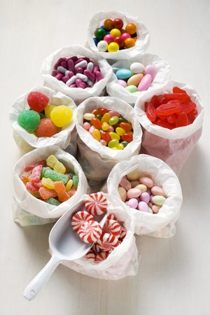 jellybean: Assorted sweets in paper bags (USA) LANG_EVOIMAGES