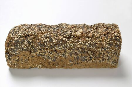 multi grain sandwich: Wholemeal bread with poppy seeds and sesame seeds LANG_EVOIMAGES