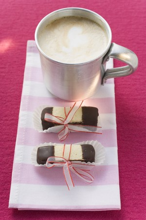 hot coffees: Layered chocolate and plain fingers with coffee