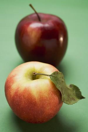 stark: Two different apples (varieties Elstar and Stark)