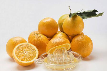 juice squeezer: Juice oranges with citrus squeezer