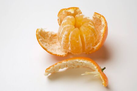 clementine: Peeled clementine