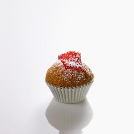 sucre glace: Mini-muffins avec p�tales de rose et le sucre glace LANG_EVOIMAGES