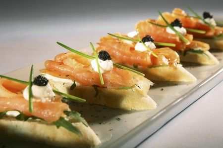 roquette: Salmon and caviar canapés