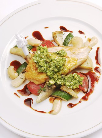 guinea fowl: Guinea-fowl with Mediterranean vegetables LANG_EVOIMAGES