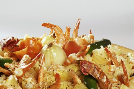 stir up: Bahian rice dish with shrimps and onions LANG_EVOIMAGES