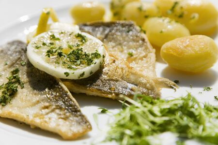 whitefish: Fillets of whitefish, Millers wife style