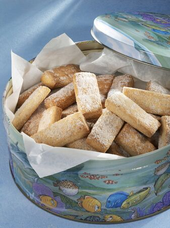 shortbread: Shortbread biscuits in a biscuit tin (UK)