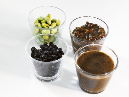 soya bean: Habas de soja y salsas de soja LANG_EVOIMAGES