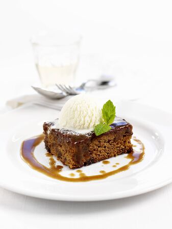 blancmange: Sticky toffee pudding with vanilla ice cream LANG_EVOIMAGES