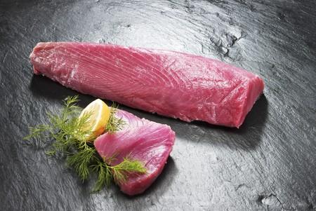 tuna fillet: Tuna fillet LANG_EVOIMAGES
