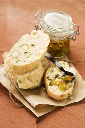 damper: Damper bread (Australian bush bread) and apricot chutney