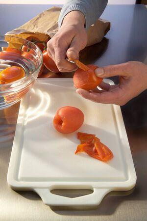 skinning: Skinning tomatoes